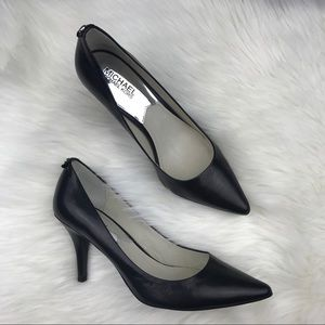 Michael Kors Leather Black Pump /Heel Sz 8M